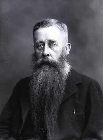 Tal vez el filólogo danés Johan Ludvig Heiberg haya sido la persona que más ha contribuido a perpetuar la obra de Arquímedes. Créditos: goo.gl/iouey6